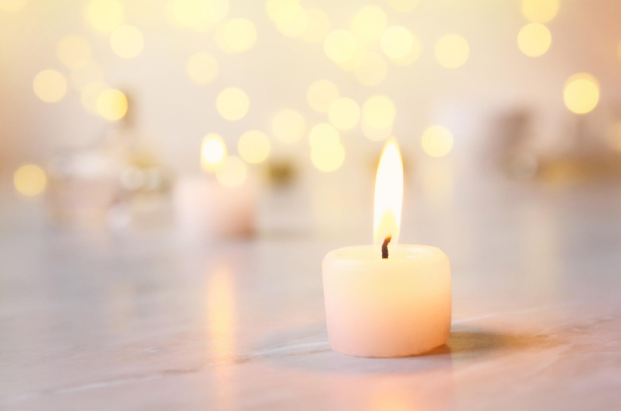Nadine Stauch | Freie Traurednerin | Beerdigung / Trauerfeier